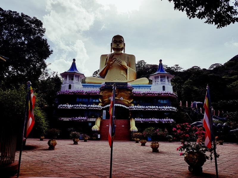 arany templom dambulla sri lanka