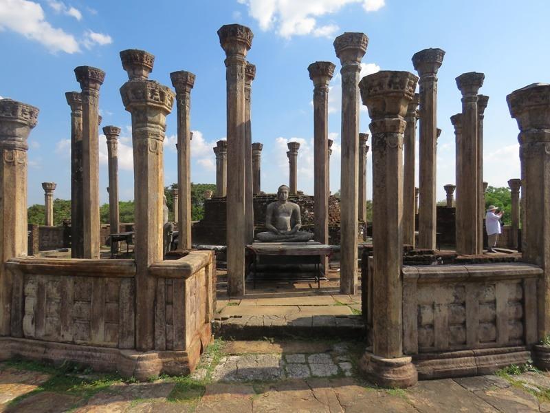 buddha romváros sri lanka