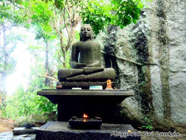 sri lanka buddhizmus yatagala templom